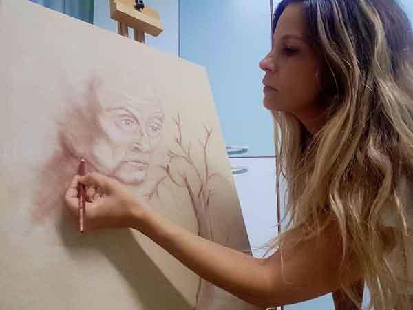 Πρόσωπα της Μαγνησίας. Ουρανία Βελέτζα, Σύμβουλος Ψυχικής Υγείας –Αναλυτική ψυχοθεραπεύτρια- Art Therapist