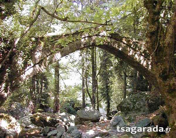 Το πιο παλιό γεφύρι του Πηλίου είναι στην Τσαγκαράδα
