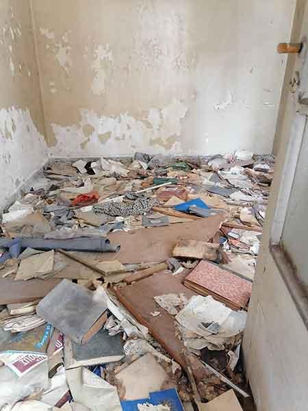 Η Σοφία Βέμπο έζησε στο Βόλο αλλά το σπίτι της καταρρέει.(φωτογραφίες) Μανώλης Εμμανουήλ