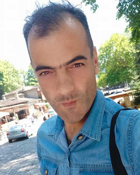 Πρόσωπα Νικόλας Τζαρούχης. Εικαστικός