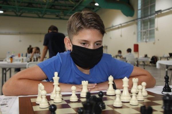 Στην κορυφή της Ελλάδας δυο μικροί Βολιώτες σκακιστές