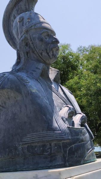 Τι… γυρεύει ένας Κολοκοτρώνης στο Βόλο και στο πάρκο του Αγίου Κωνσταντίνου;